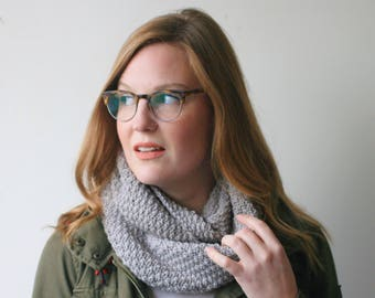 Infinity scarf, grey merino wool knit -- Pombcoup cowl