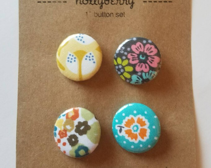 """Set of 4 - 1"""" Buttons"""