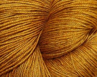 "MYS 622 Yarn ""FOOL'S GOLD "" -superwash merino,yak, silk yarn - 100 grams 400 yards"