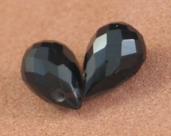 Two Black Onyx Beads, Dark Faceted Gemstone Briolettes, 2 Matching Stones, 8x5mm, Black Gemstone Beads for Making Jewelry (Pt-On1)