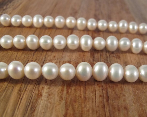 Brilliant White Freshwater Pearls, 9mm x 7.5mm, Large Potato Pearls, 15.5 Inch Strand with About 50 Pearls, Jewelry Supplies (P-P13)