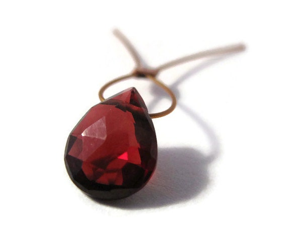 One Red Garnet Bead, Tiny Pear Shaped Briolettes, 9mm x 7mm, One Juicy Top Drilled Stone, Jewelry Supplies (B-Ga8a)