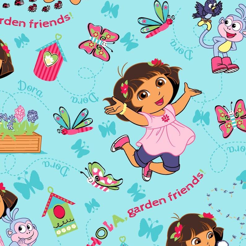 Nickelodeon, Dora la Exploradora, HOLA jardín amigos en azul, 1 yarda