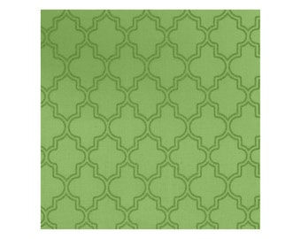 Pearl Essence in Green from Maywood Sudios, quartrefoil, Yard