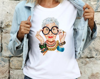 Iris-apfel funny cartoon Unisex T-shirt