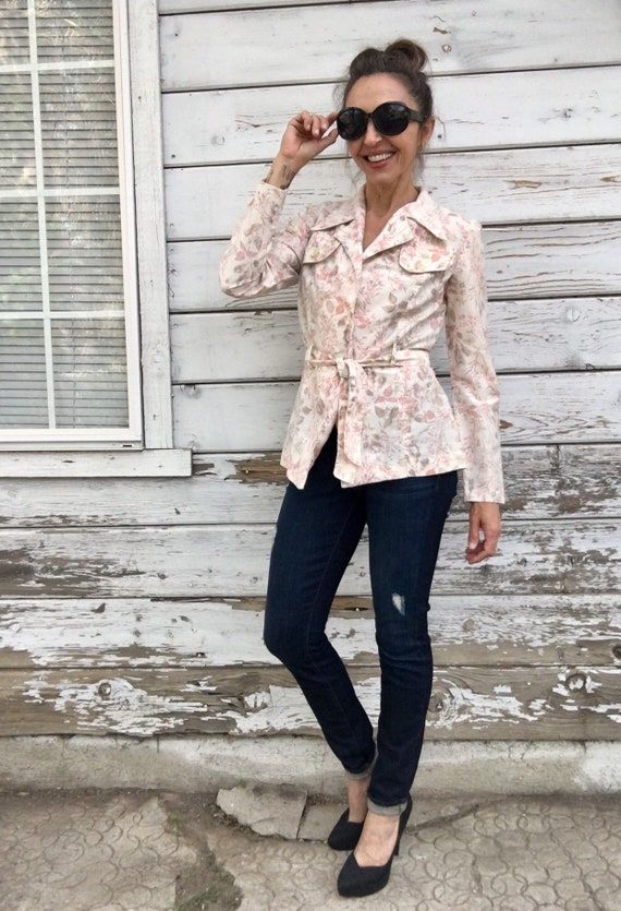 Vintage 70s 80s jacket,wrap style jacket,floral be