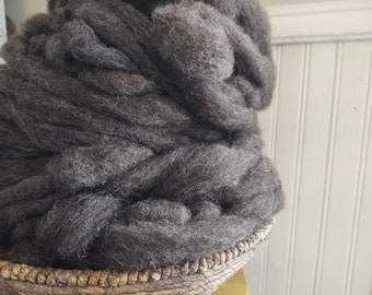 Wen-Mar Farm Bluefaced Leicester BFL roving - natural brown/black seconds 1oz