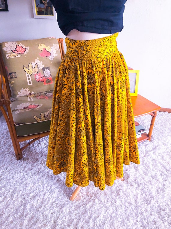 1950s Skirt /50s full skirt abstract novelty print