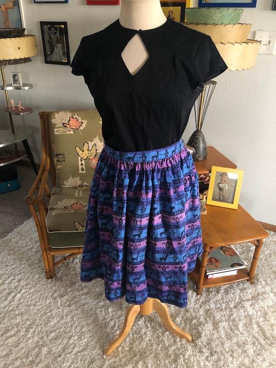 1950s Skirt /50s skirt abstract novelty print - image 7