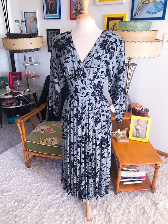1940s style Dress  / 40s style floral dress / 80s
