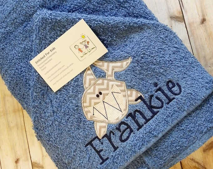 Personalized  Hooded Towel with Shark, Shark Towel, Beach Shark Gift, Shark Week, Don't Go In The Water