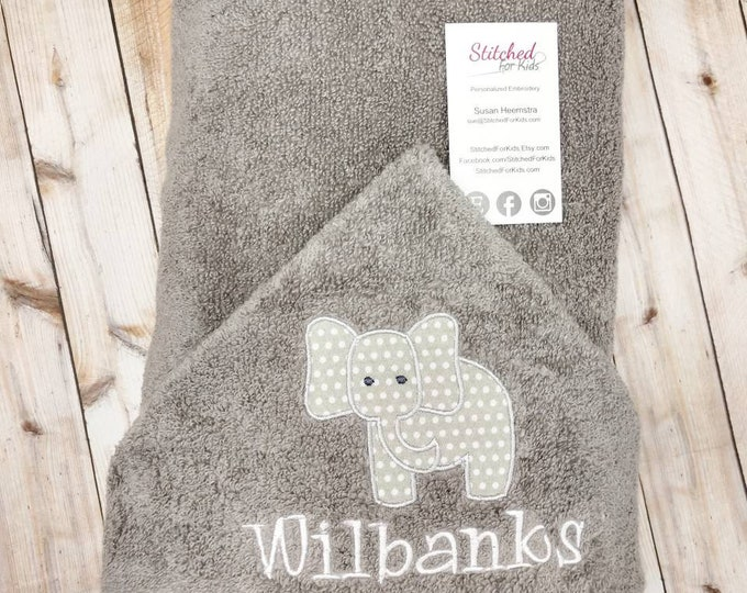 Personalized  Hooded Elephant Towel, Elephant Jungle Baby Shower, Elephant Gift, First Birthday Gift