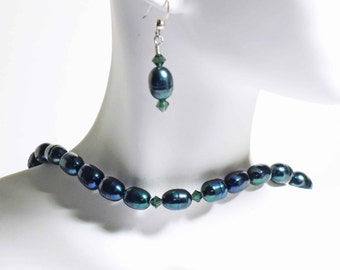 Beautiful deep blue green freshwater pearl necklace set