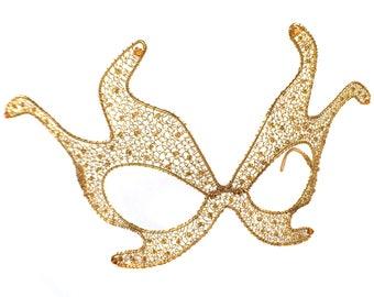 Juliette Sculptural Wire Mask in Gold