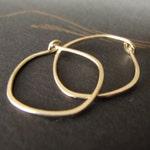 14k solid gold hammered hoops endless hoop earrings rustic organic shape