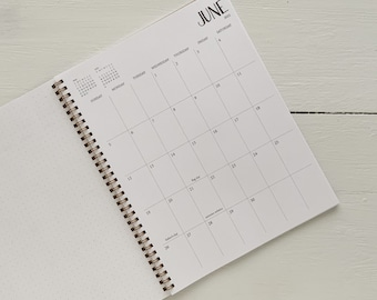2022 large monthly spiral planner | 1 page per month