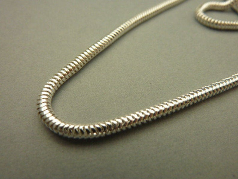 Vintage 36 in Complete Silver Snake Chain Necklace