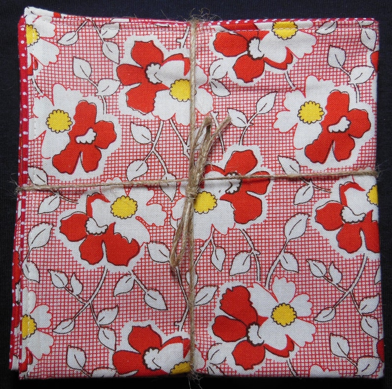 Red Feedsack Floral Reversible Cloth Lunch Napkin Set image 0
