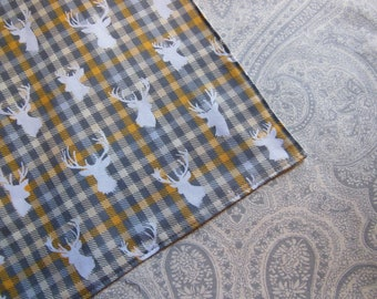 """Stag Deer Head on Yellow Gray Plaid - Reversible 12"""" Cloth Lunch Napkin Set"""