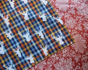 """Stag Deer Head on Navy Plaid - Reversible 12"""" Cloth Lunch Napkin Set"""