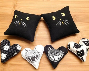 Primitive Black Cat Pillow Tucks   /  Black and White Holiday Decorations /  Fall Decorations  /   Kitty Bowl Fillers  /  Wreath Attachments