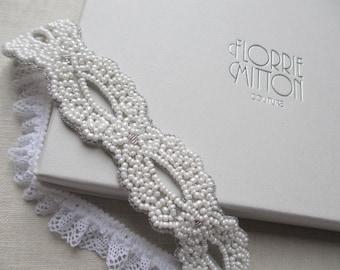 Goddess beaded garter White