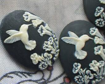 Dainty Black Hummingbird 25x18mm Cameos in Resin 4 Pcs