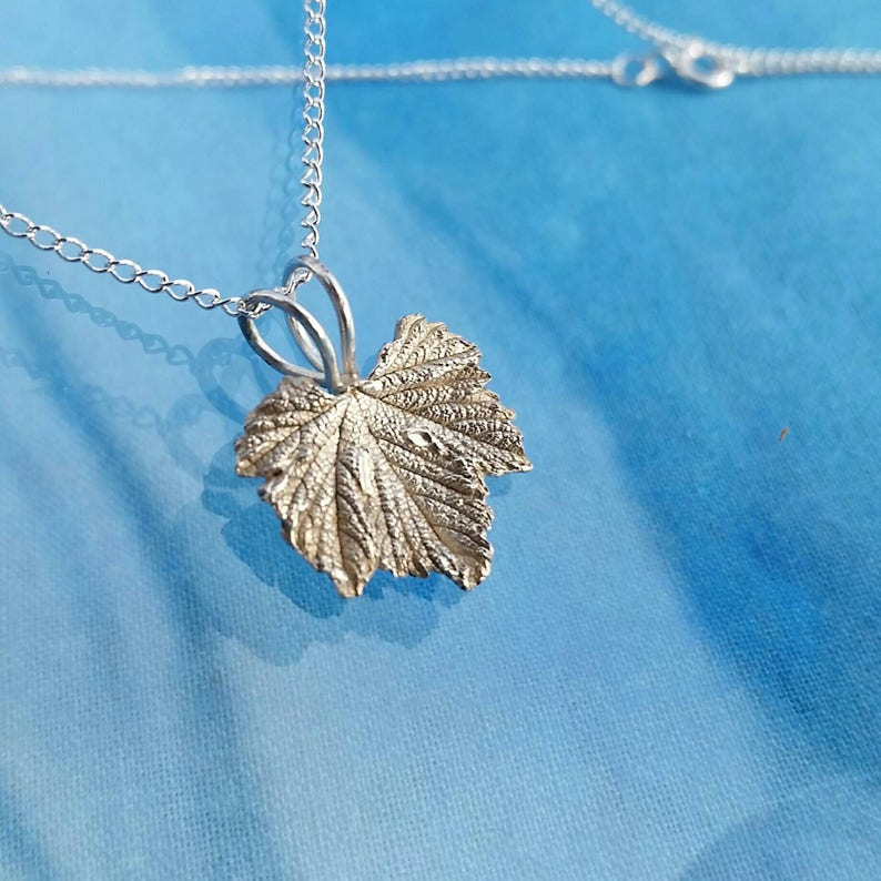 Mini Silver Regal Geranium Necklace image 1