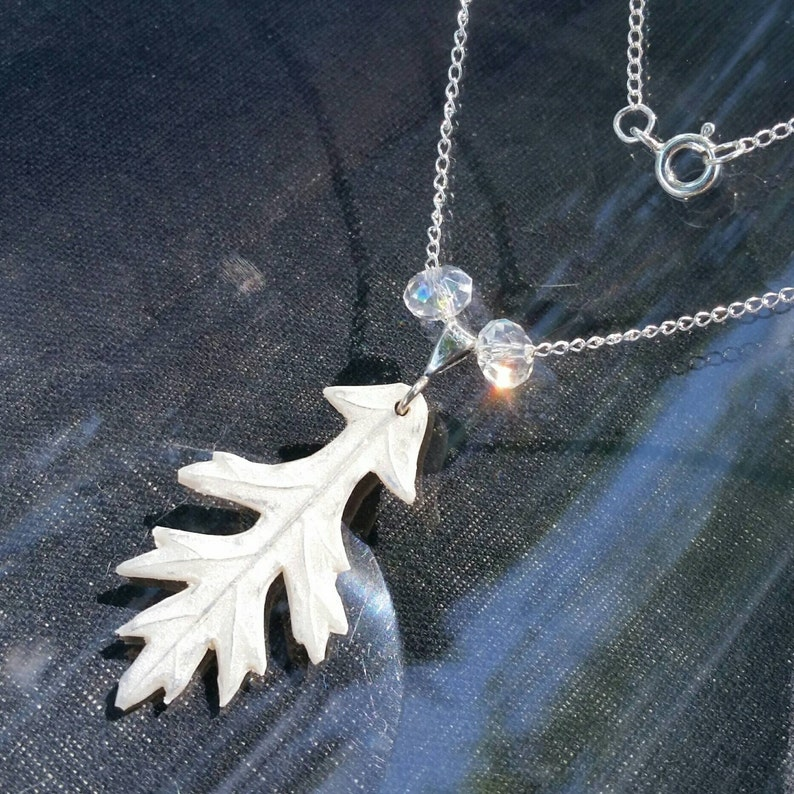 Glittering Frosty Oak Leaf Necklace image 1