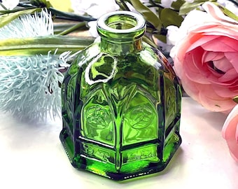 Vintage WHEATON CARTERS Cathedral Ink Bottle - Emerald GREEN