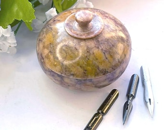 Alabaster Carved Nib Pot & Vintage Nibs