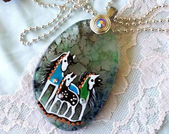 TRIO Geode Agate SPIRIT HORSE Pendant & Necklace - Folk Art Ponies