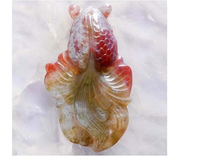 Beautiful INDIAN AGATE Carved Fantail Goldfish Pendant Bead - 49x29x9mm - Good Luck