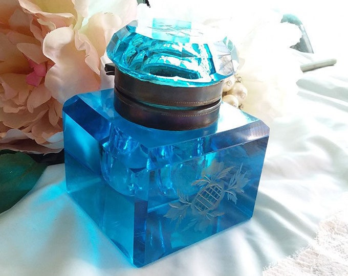 Gorgeous Antique PEACOCK Blue Cut Glass Inkwell - Etched Celtic Thistle