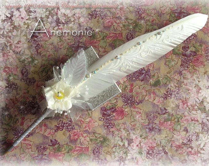 ANEMONIE Faerie Feather Wedding Pen with Yellow Accents MO