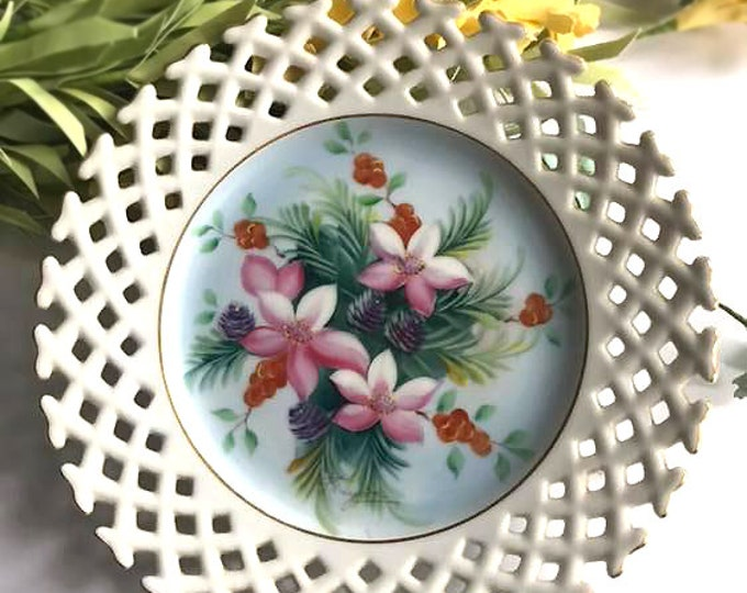 Vintage Hand Painted Openwork Collectors Plate
