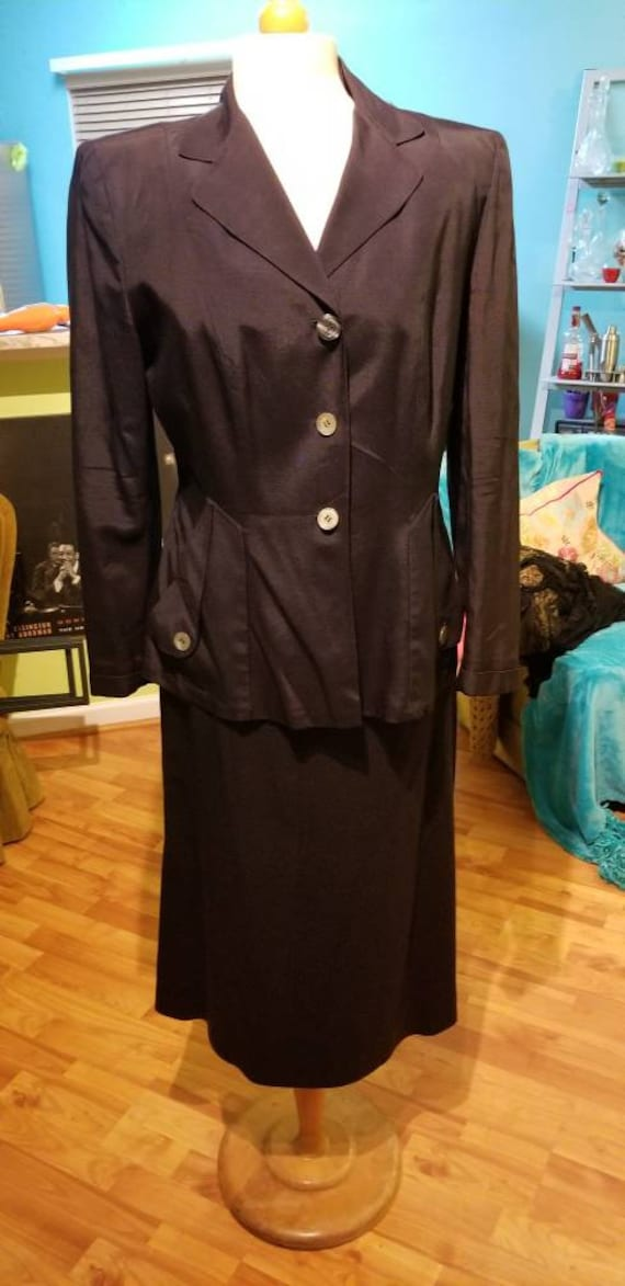 Exquisitely Timeless 1940's Rayon Suit - image 1