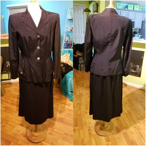 Exquisitely Timeless 1940's Rayon Suit - image 4