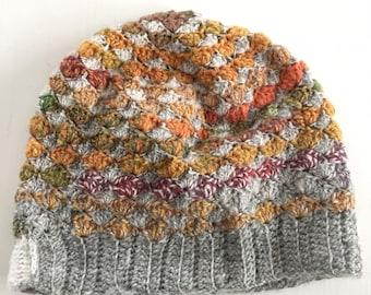 Crocheted hat - Grey green orange - scallop pattern - beanie - skullcap - retro - wool - mössa