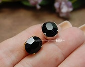 Jet Black, 2 Pcs Vintage Sew On, Swarovski Crystal 12x10mm Oval With Prong Setting, Art 4120 Crystal Sew On, Bead Embroidery Component