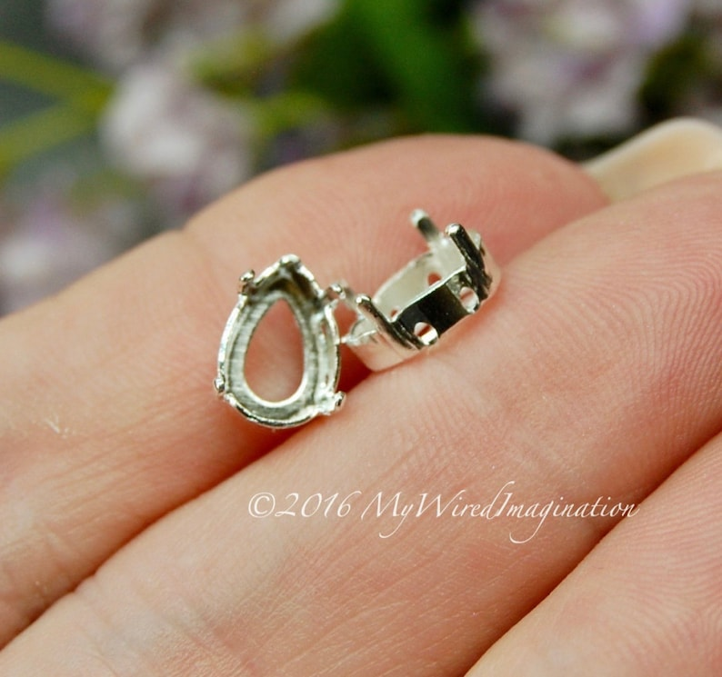 10x7 mm Pear Shaped 4320 Settings 2 pcs Silver or Gold image 0