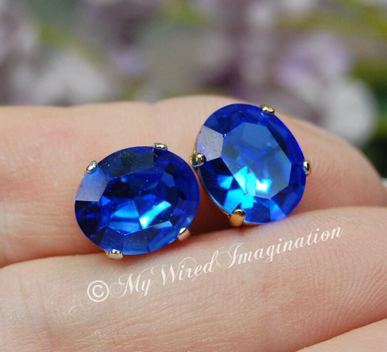 Royal Blue Sapphire Vintage Swarovski Crystal 12x10mm Oval image 0