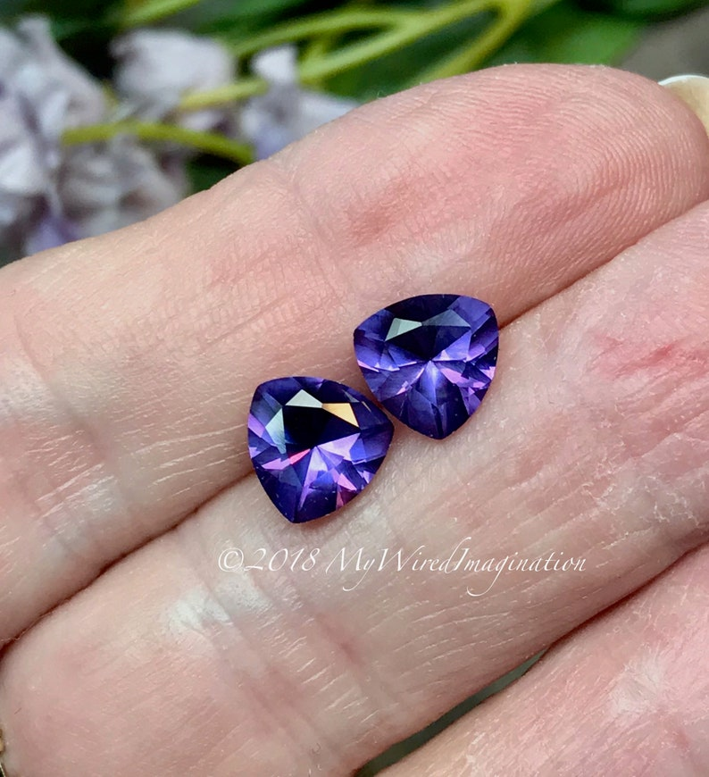 Alexandrite 2 Pcs 8x8mm Trillion Shape Lab Grown Lab Created image 0