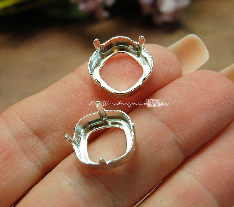 Silver or Gold Plated Settings 2pcs for Swarovski 14mm image 0