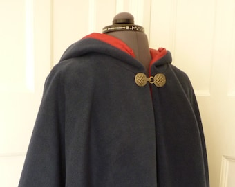 Cape with contrasting lining - wide range of colours - made to order