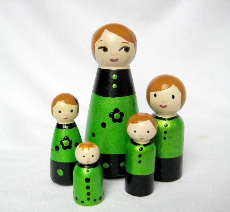 Green Family... Family of 5 Tiny Dolls image 0
