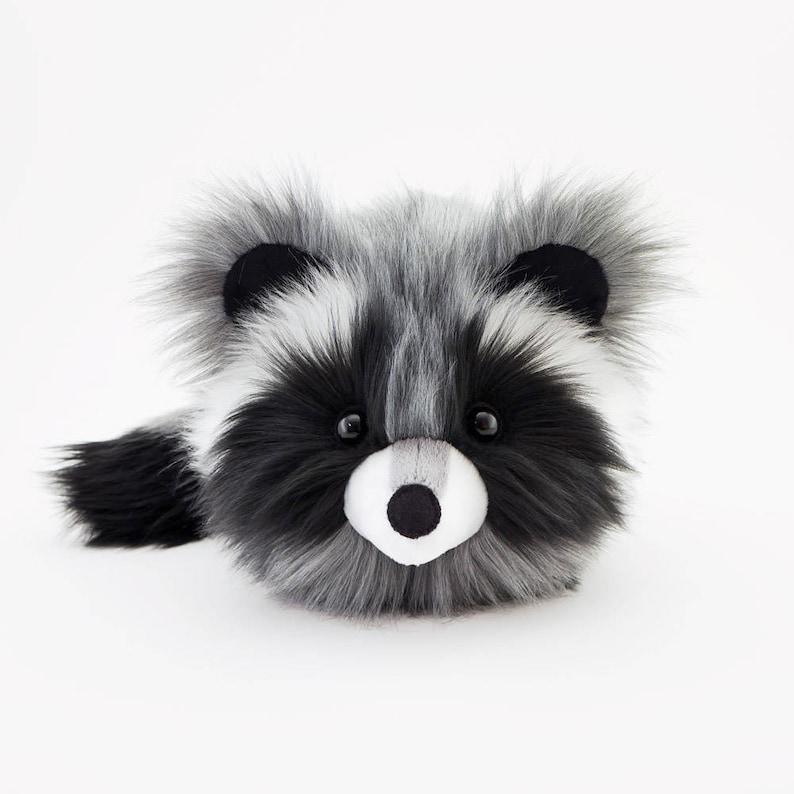c32fc0b11c31 Raccoon Stuffed Animal Kawaii Plushie Gift Fluffy Faux Fur Toy
