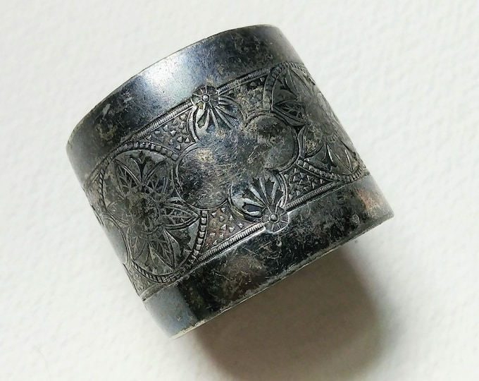 Antique Engraved Silver Napkin Ring - Monogrammed H N D