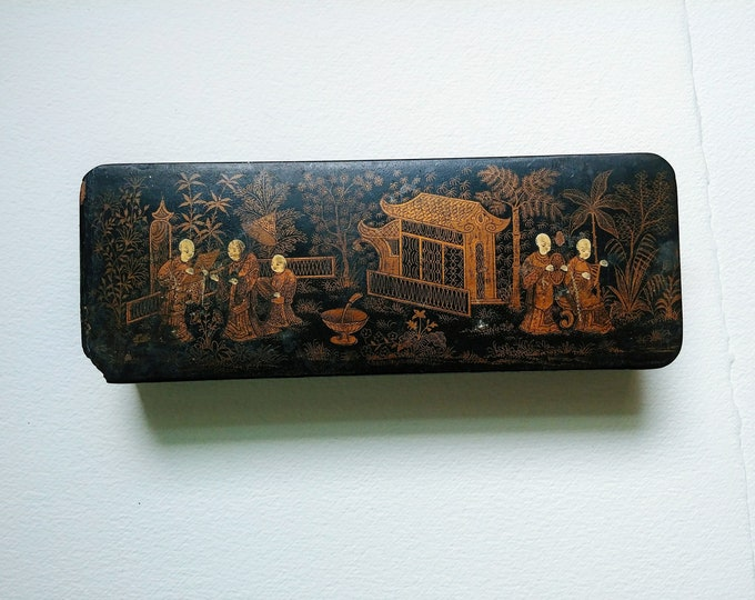 Antique Black Lacquered Gold Gilt Chinese Brush Box - 19th Century