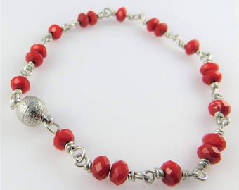 Red Faceted Glass Bead Bracelet, 8.0 in. - Art Wire